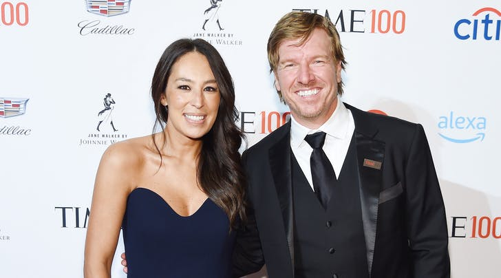 https://sonsofststephen.com/wp-content/uploads/2019/08/chip-and-joanna-gaines.jpg